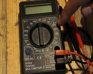 Что измеряет мультиметр dt 832
